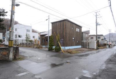 新旧の素材が響き合うリノベーション住宅「響き合ういえ」の画像