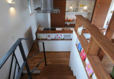 【札幌】敷地に倣った空間を楽しむ暮らし「伏見高台のいえ」の画像